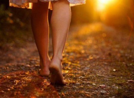 Camminare a piedi nudi il più possibile per vivere meglio!