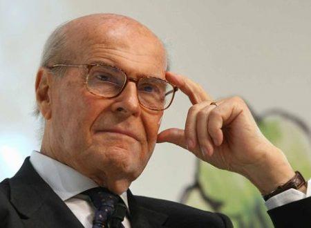 """Rivelazione SHOCK di Veronesi: """"Ci ammaleremo quasi tutti di tumore""""."""