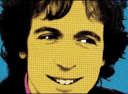 La carriera e la vita di Rino Gaetano si interrompono tragicamente il 2 giugno 1981 all'età di 31 anni in seguito ad un incidente stradale.
