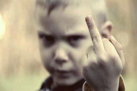 Maleducati si diventa, non si nasce! Caro genitore, se tuo figlio è così, è colpa tua!