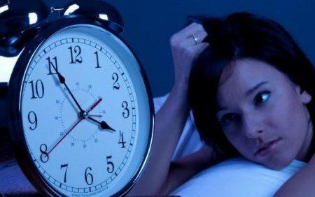 Ti svegli spesso fra le 3:00 e le 5:00? Una forza superiore sta provando a dirti qualcosa…