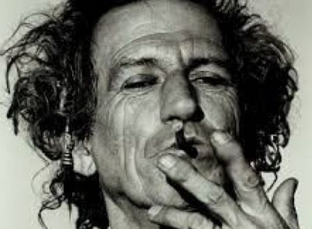 """La colazione di Keith Richards: """"Mi sveglio e mi fumo una  mega canna"""""""