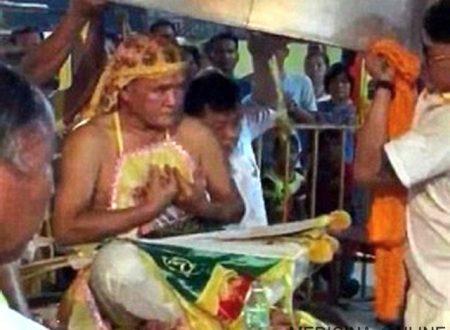Mago taoista si fa cuocere in padella per pregare e purificare l'anima: muore bruciato [VIDEO]
