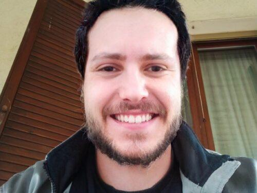 Il cantautore che vuole fare causa a Facebook per 10 milioni di €